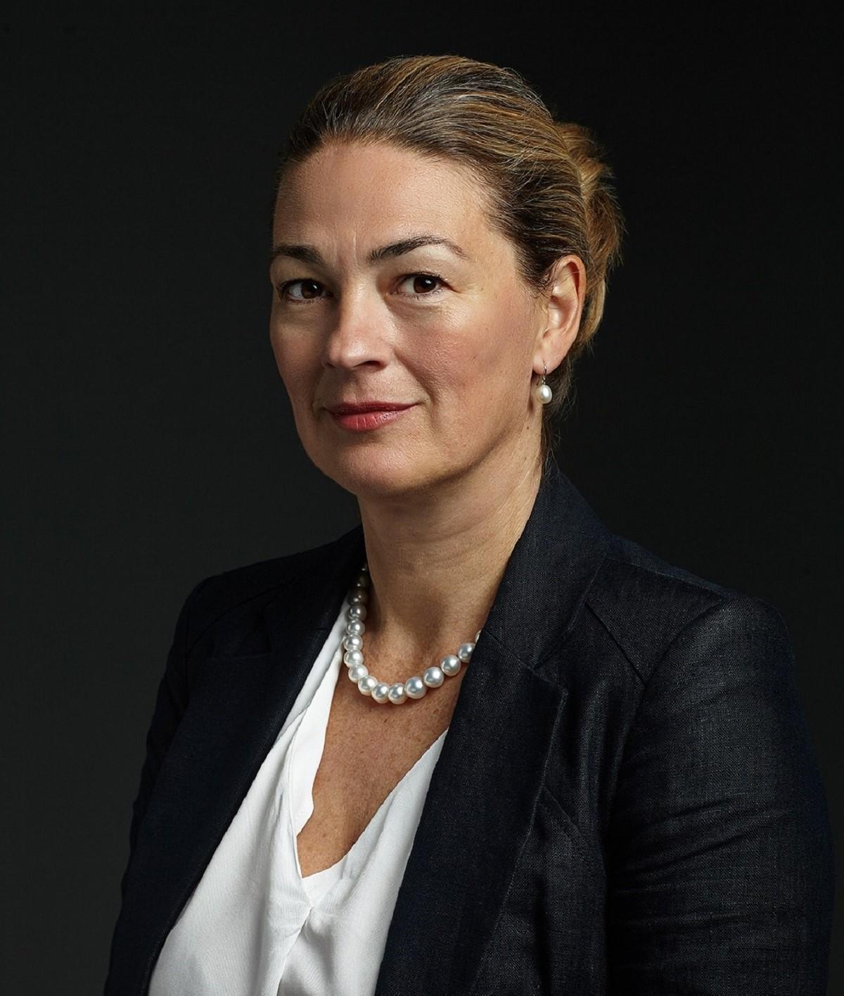Dr Gall-Foris Bernadett