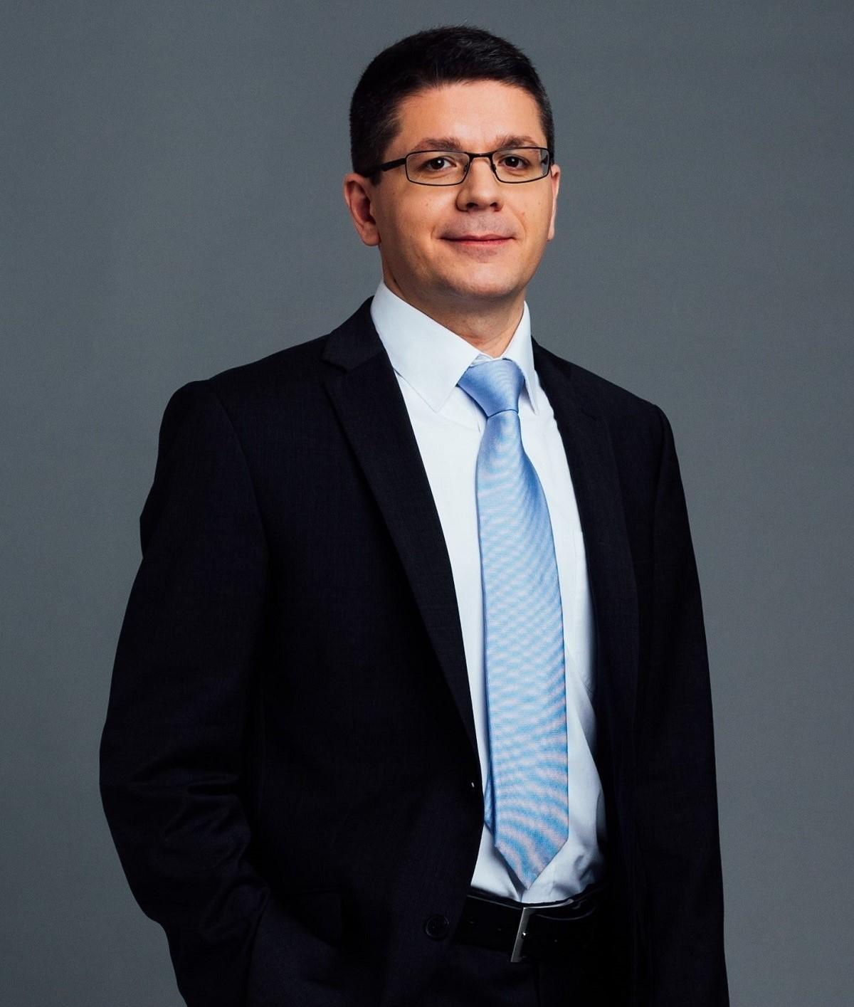Dr. Kereső Zoltán