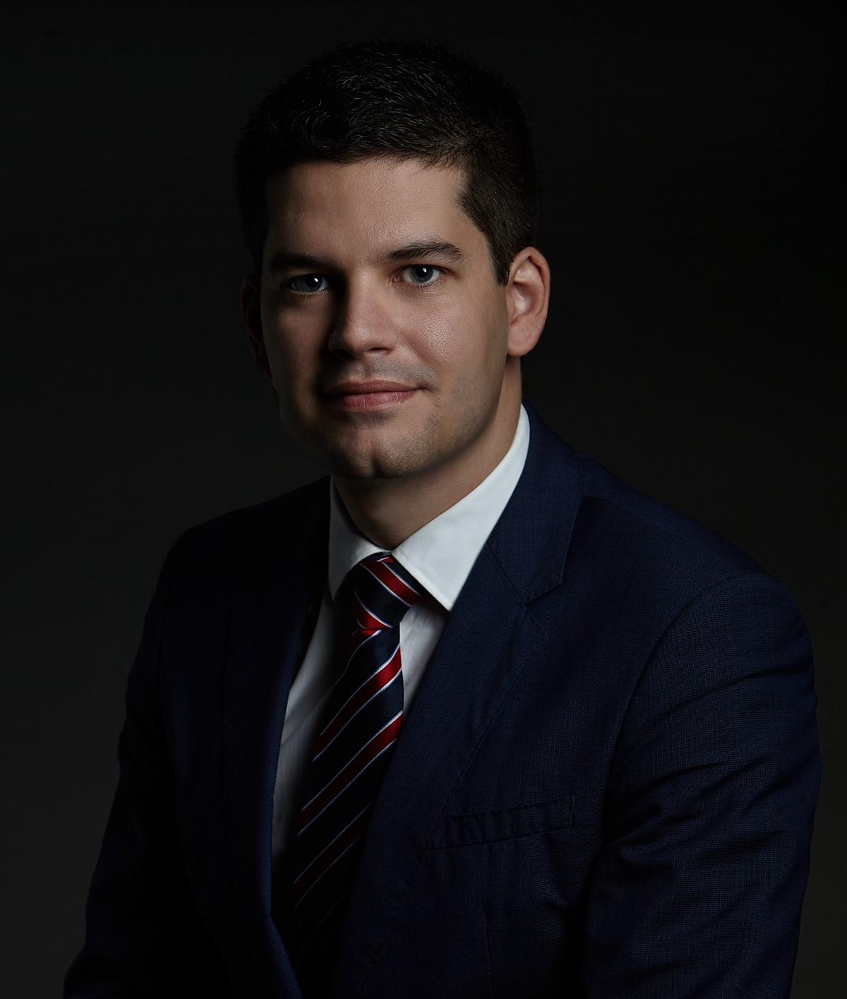 Dr. Stubenvoll Zsolt